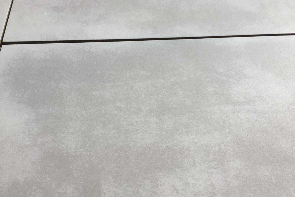 Terrassenplatten Feinsteinzeug Keramik anthrazit hellgrau Betonoptik